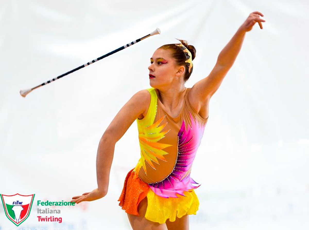 twirling_alice1_1200.jpg